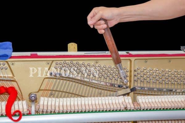 bao-lâu-lên-dây-đàn-piano