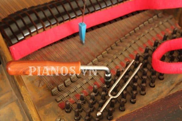 Lên Dây đàn Piano Cơ