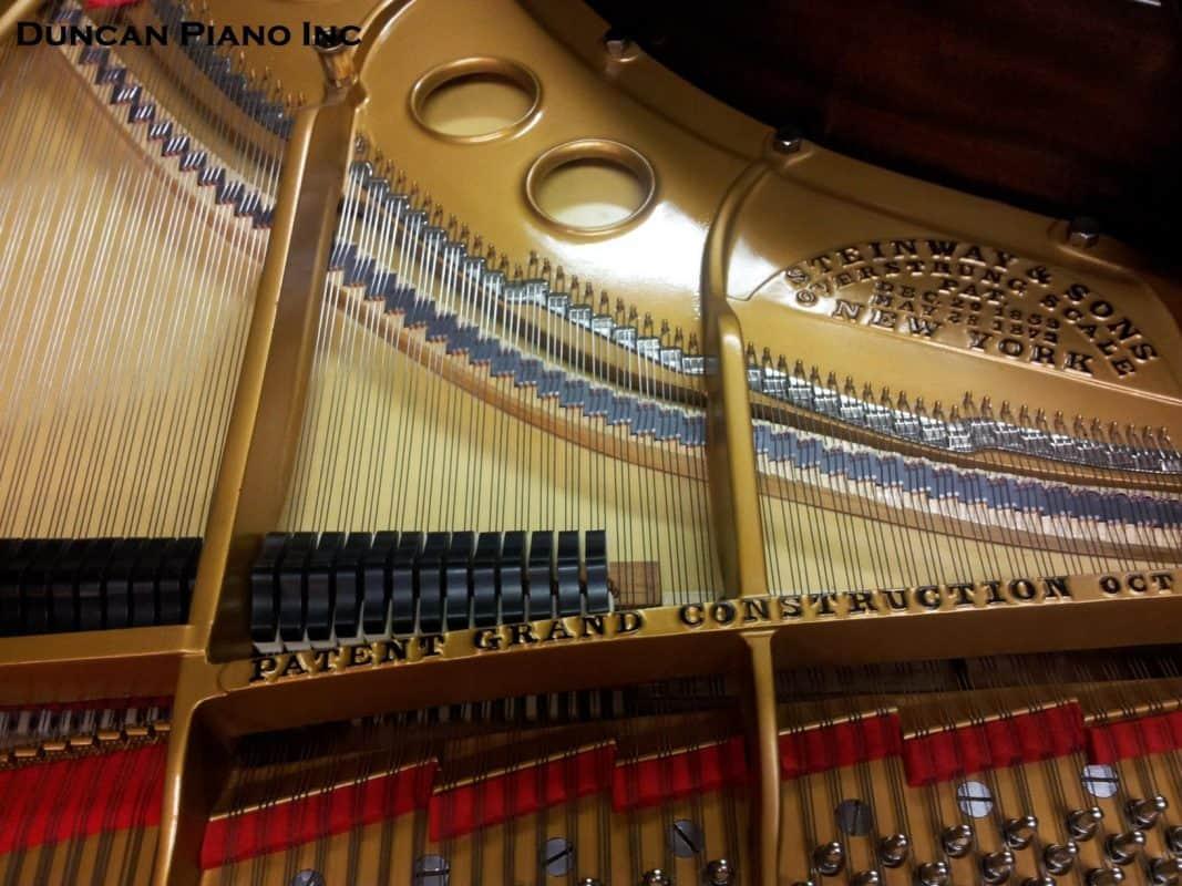 Pianos-background-image-9