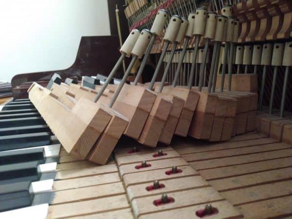 Sửa đàn Piano - 08