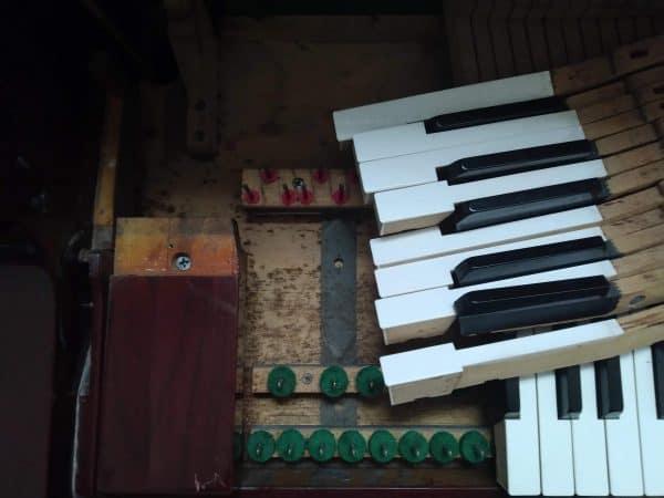 Sửa đàn Piano - 09