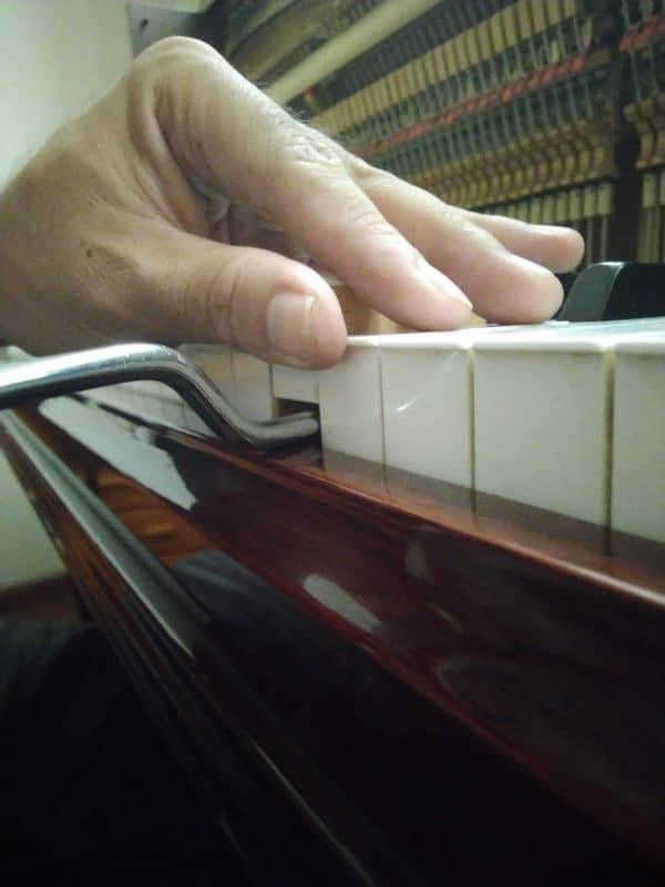 Sửa đàn Piano - 11